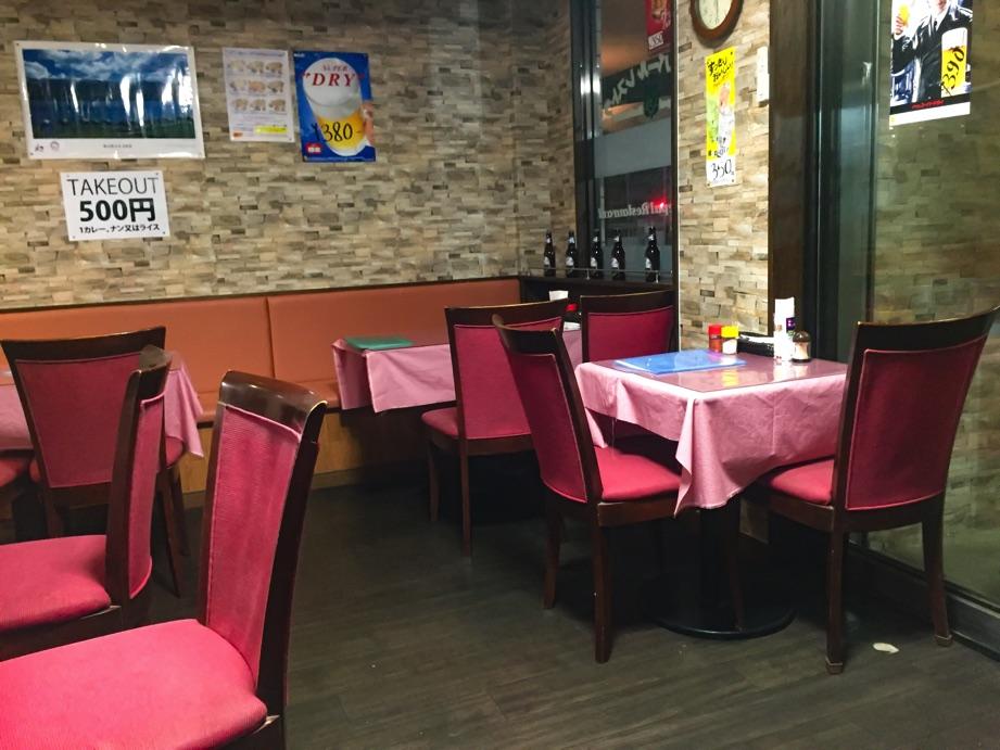 インド・ネパールレストランヒマラヤン店内