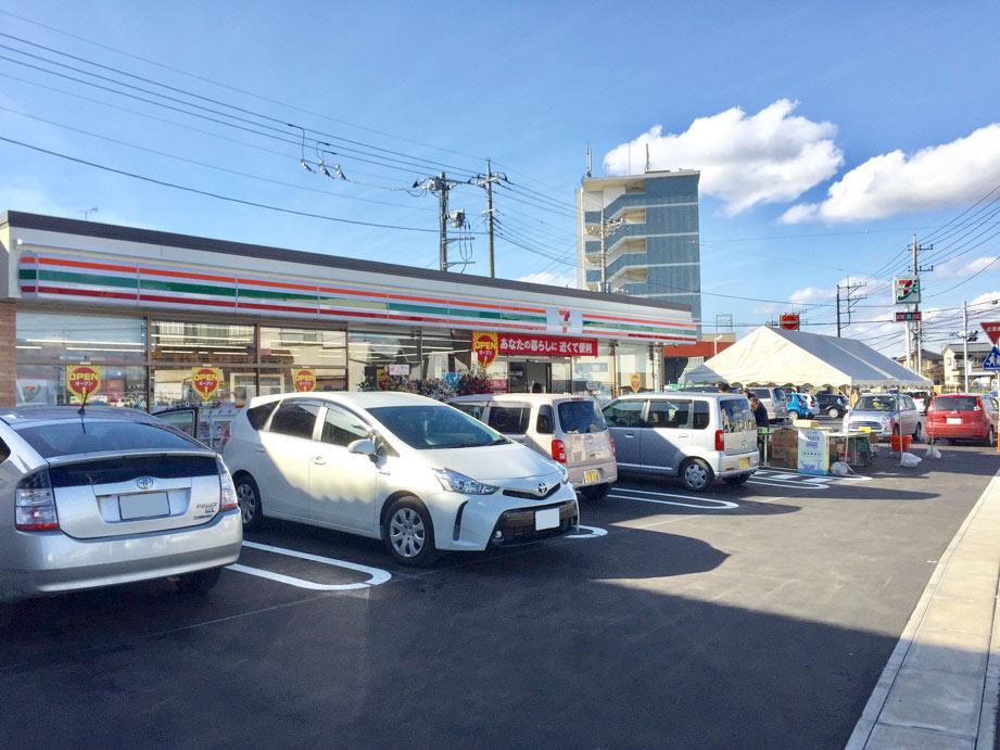 セブンイレブン取手野々井店リニューアルオープン駐車場