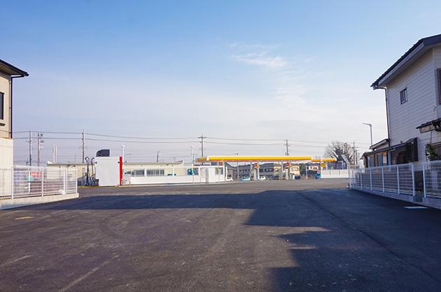 ローソン野々井店は2017年1月オープン裏の道も広いです。