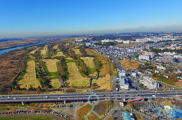 ファントム3ドローン空撮取手市上空パークゴルフ場が見えます。